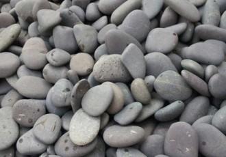 扁形鹅卵石